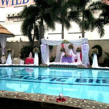 Pacific Breeze Hotel And Resort in Angeles