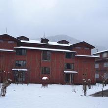 Pahalgam Hotel in Srinagar