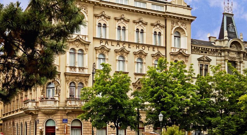 Palace Hotel Zagreb in Zagreb