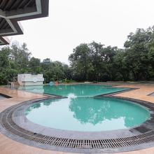 Palette - Pluz Resort Deluxe in Bhilad