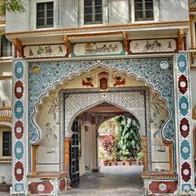 Palkiya Haveli - Heritage Hotel in Dadhdevi