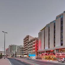 Palm Beach Hotel in Dubai