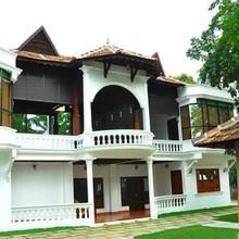 Palm Beach Villa in Parur