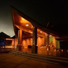 Palm Greens Club in Nandej