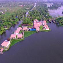 Paloma Backwater Resorts in Kumarakom