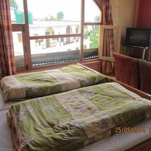 Pandey Lodge in Jaltha