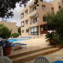 Panklitos Apartments in Paphos