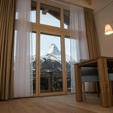 Panorama Ski Lodge in Zermatt