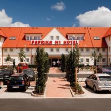 Paprika M1 Hotel in Halbturn