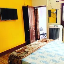 Paradise Inn Guest House in Varanasi