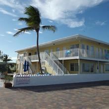 Paradise Oceanfront Hbh in North Miami Beach
