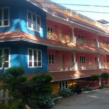 Paradise Valley Inn in Kanthalloor