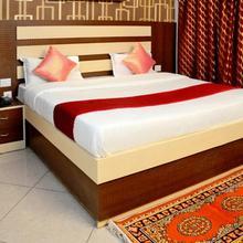 Parag Inn in Mohanlalganj