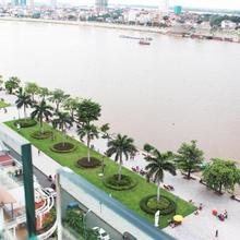 Paragon Hotel in Phnom Penh
