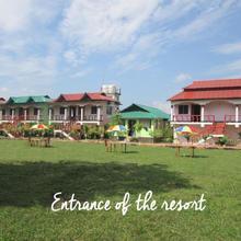 Paramita Resorts in Chalsa