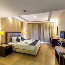 Paravoor Galaxy Hotels in Ashtamichira