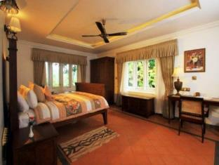 Parisons Plantation Experiences - Cherakara Bungalow in Periya