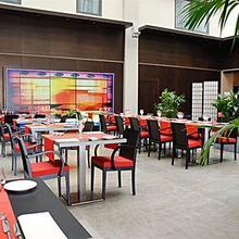 Park & Suites Prestige Lyon Part Dieu in Lyon