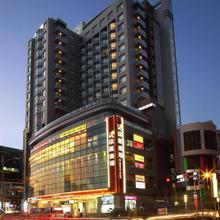 Park City Hotel - Luzhou Taipei in Taipei