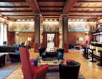 Parkhotel Laurin in Monticolo