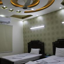 Patel Residency Guest House 2 in Karachi