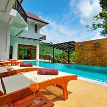 Patong Hill Estate 7 in Phuket