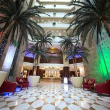 Pearl City Suites Deira City Centre By Gemstones in Dubai