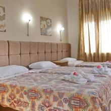 Pelineon Rooms in Karfas