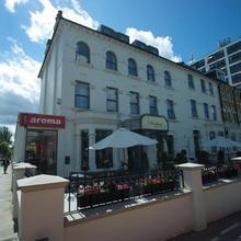 Pembury Hotel in Hendon