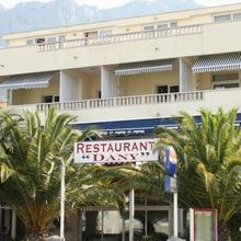 Pension & Apartments Dany in Makarska