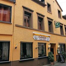 Pension Dorfschänke in Burgen