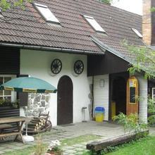 Penzion u Kamenného Kola in Podomi