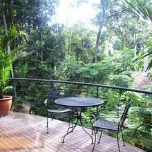 Pethers Rainforest Retreat in Boyland