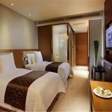 Phoenix Waterside Gloria Resort Sanya in Sanya