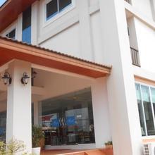 Phounsiri Hotel and Serviced Apartment in Ban Thangon