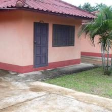 Phouphet Guesthouse in Ban Thangon