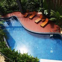 Phuket Ecozy Hotel in Phuket