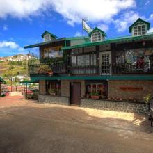 Pine Borough Inn in Kodaikanal