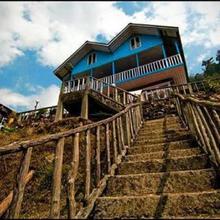 Pinewood Resort in Lapa