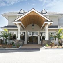 Pismo Lighthouse Suites in San Luis Obispo