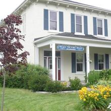 Place Victoria Place Bed & Breakfast in Trenton