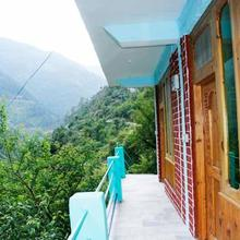 Pooja Riverview Homestay in Jibhi
