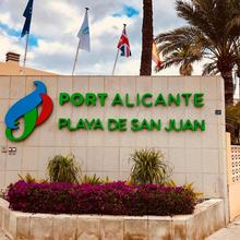 Port Alicante Playa De San Juan in Alacant