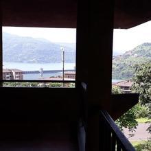 Portofino Guest House in Waki