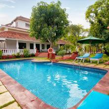 Portuguese Luxury Vagator 4 Bed Pool Villa - Captain in Anjuna