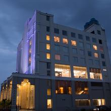 Hotel Trinity Grand in Raigarh