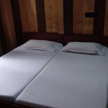 Prakhar Hotel in Lal Kuan