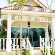 Prathana Garden Beach Resort in Hua Hin
