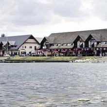 Premier Inn Milton Keynes East (Willen Lake) in Winslow