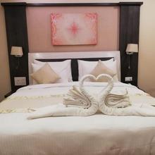 Prestige Hotel in Aldona